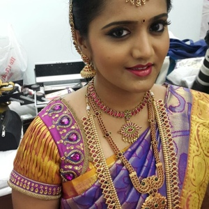 Wedding makeup artist in chennai vurve signature salon for Page 3 salon chennai