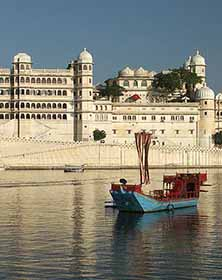 Best venues, Udaipur palace, Wedding halls, Best wedding hotels, Udaipur wedding halls, wedding services